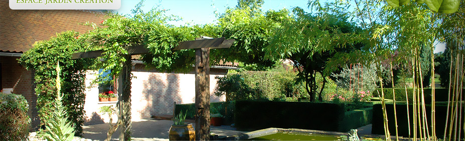 espace jardin cr ation architecte paysagiste et am nagement parc et jardin. Black Bedroom Furniture Sets. Home Design Ideas